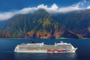 NCL Cruise Line, Pride of America, Na Pali Coast, Kauai, Hawaii Norwegian Pride of America