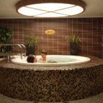 Bad, bastu och behandlingar på Mariella
